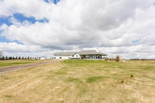 Photo 3: 23336 TWP RD 512: Rural Strathcona County House for sale : MLS®# E4189067