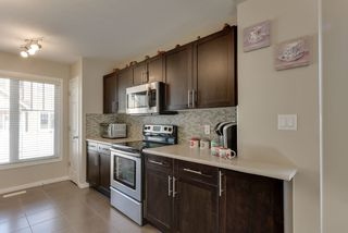 Photo 4: 28 1623 TOWNE CENTRE Boulevard in Edmonton: Zone 14 Townhouse for sale : MLS®# E4210586
