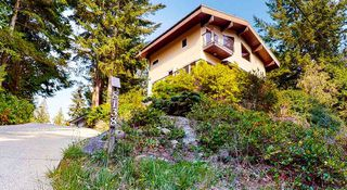 Photo 1: 8138 8140 FRANCES Road in Halfmoon Bay: Halfmn Bay Secret Cv Redroofs House for sale (Sunshine Coast)  : MLS®# R2505066