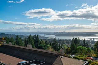 "Main Photo: 73 2212 FOLKESTONE Way in West Vancouver: Panorama Village Condo for sale in ""Panorama Village"" : MLS®# R2514505"