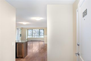 Photo 2: 205 297 E Hirst Ave in : PQ Parksville Condo for sale (Parksville/Qualicum)  : MLS®# 862380