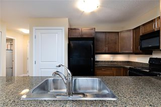 Photo 4: 205 297 E Hirst Ave in : PQ Parksville Condo for sale (Parksville/Qualicum)  : MLS®# 862380