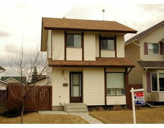 Main Photo:  in CALGARY: Shawnessy Residential Detached Single Family for sale (Calgary)  : MLS®# C3206633