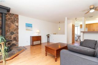 Photo 8: 4 210 Douglas Street in VICTORIA: Vi James Bay Row/Townhouse for sale (Victoria)  : MLS®# 413355