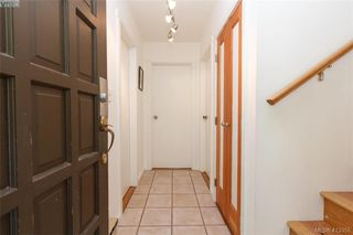 Photo 4: 4 210 Douglas Street in VICTORIA: Vi James Bay Row/Townhouse for sale (Victoria)  : MLS®# 413355