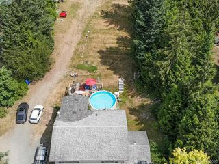 Photo 4: 4240 Trans Canada Hwy in SHAWNIGAN LAKE: ML Cobble Hill Single Family Detached for sale (Malahat & Area)  : MLS®# 739832