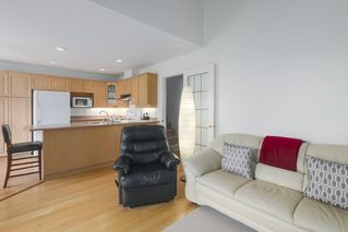 """Photo 8: 248 W 59TH Avenue in Vancouver: Marpole Townhouse for sale in """"THE SPRINGS AT LANGARA"""" (Vancouver West)  : MLS®# R2394254"""