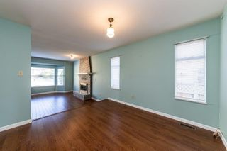 Photo 5: 1941 LARSON Road in North Vancouver: Central Lonsdale House for sale : MLS®# R2409928