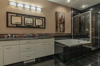 Photo 17: 1330 119B Street in Edmonton: Zone 16 House Half Duplex for sale : MLS®# E4181762