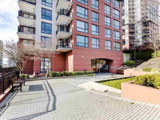 "Photo 18: 803 813 AGNES Street in New Westminster: Downtown NW Condo for sale in ""The News"" : MLS®# R2435309"