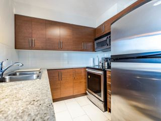 "Photo 8: 803 813 AGNES Street in New Westminster: Downtown NW Condo for sale in ""The News"" : MLS®# R2435309"