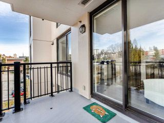 "Photo 15: 803 813 AGNES Street in New Westminster: Downtown NW Condo for sale in ""The News"" : MLS®# R2435309"