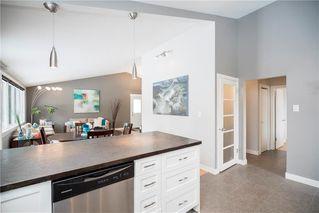 Photo 10: 13 Sandra Bay in Winnipeg: East Fort Garry Residential for sale (1J)  : MLS®# 202003319