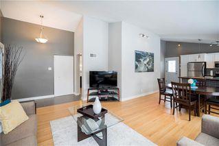 Photo 3: 13 Sandra Bay in Winnipeg: East Fort Garry Residential for sale (1J)  : MLS®# 202003319
