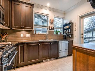 "Photo 2: 16 897 PREMIER Street in North Vancouver: Lynnmour Townhouse for sale in ""Legacy @ Nature's Edge"" : MLS®# R2441347"