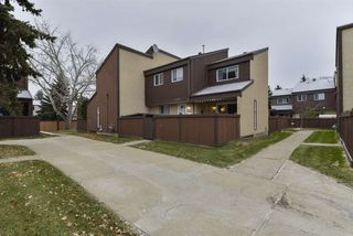 Photo 3: 7257 180 Street in Edmonton: Zone 20 Townhouse for sale : MLS®# E4204634