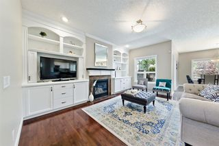 Photo 3: 125 COUGARSTONE Manor SW in Calgary: Cougar Ridge Detached for sale : MLS®# A1019561