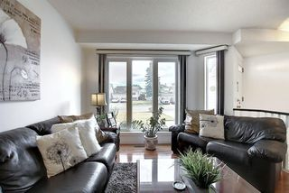 Photo 8: 110 RIVERGLEN Drive SE in Calgary: Riverbend Detached for sale : MLS®# A1030846
