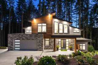 """Photo 1: 1510 CRYSTAL CREEK Drive in Port Moody: Anmore House for sale in """"CRYSTAL CREEK"""" : MLS®# R2498513"""