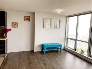 """Photo 12: 2405 13688 100 Avenue in Surrey: Whalley Condo for sale in """"Park Place One"""" (North Surrey)  : MLS®# R2498674"""