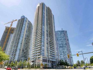 """Photo 3: 2405 13688 100 Avenue in Surrey: Whalley Condo for sale in """"Park Place One"""" (North Surrey)  : MLS®# R2498674"""