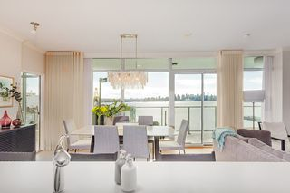 "Photo 3: 701 199 VICTORY SHIP Way in North Vancouver: Lower Lonsdale Condo for sale in ""TROPHY AT THE PIER"" : MLS®# R2509292"