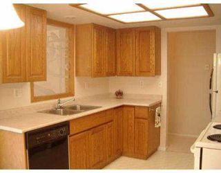 """Photo 4: 104 1132 DUFFERIN ST in Coquitlam: Eagle Ridge CQ Condo for sale in """"CREEKSIDE"""" : MLS®# V556161"""
