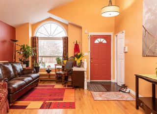 Photo 2: 6032 189 Street in Edmonton: Zone 20 House for sale : MLS®# E4167841