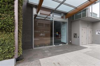 "Photo 1: 712 522 W 8TH Avenue in Vancouver: Fairview VW Condo for sale in ""Crossroads"" (Vancouver West)  : MLS®# R2407550"