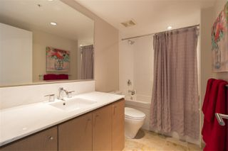 "Photo 13: 712 522 W 8TH Avenue in Vancouver: Fairview VW Condo for sale in ""Crossroads"" (Vancouver West)  : MLS®# R2407550"