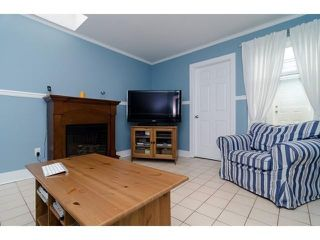 Photo 7: 927 KEIL ST: White Rock House for sale (South Surrey White Rock)  : MLS®# F1436491