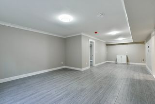 Photo 13: 16710 26 Avenue in Surrey: Grandview Surrey House 1/2 Duplex for sale (South Surrey White Rock)  : MLS®# R2423505