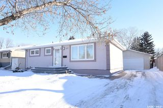 Photo 2: 647 McCarthy Boulevard in Regina: Mount Royal RG Residential for sale : MLS®# SK796733