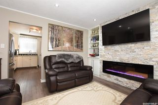 Photo 3: 647 McCarthy Boulevard in Regina: Mount Royal RG Residential for sale : MLS®# SK796733