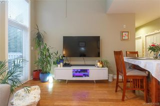 Photo 3: 403 611 Goldstream Ave in VICTORIA: La Fairway Condo for sale (Langford)  : MLS®# 833442