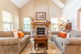 Photo 7: 1787 PAINTED WILLOW PLACE in Cultus Lake: Lindell Beach House for sale : MLS®# R2409756