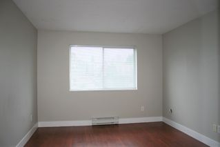 "Photo 12: 403 33478 ROBERTS Avenue in Abbotsford: Central Abbotsford Condo for sale in ""Aspen Creek"" : MLS®# R2447694"