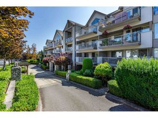 "Photo 1: 403 33478 ROBERTS Avenue in Abbotsford: Central Abbotsford Condo for sale in ""Aspen Creek"" : MLS®# R2447694"