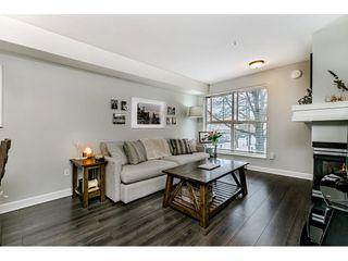 "Photo 3: C10 332 LONSDALE Avenue in North Vancouver: Lower Lonsdale Condo for sale in ""The Calypso"" : MLS®# R2448637"