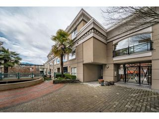 "Photo 2: C10 332 LONSDALE Avenue in North Vancouver: Lower Lonsdale Condo for sale in ""The Calypso"" : MLS®# R2448637"