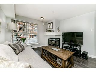 "Photo 4: C10 332 LONSDALE Avenue in North Vancouver: Lower Lonsdale Condo for sale in ""The Calypso"" : MLS®# R2448637"