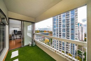 Photo 8: 1104 615 BELMONT STREET in : Uptown NW Condo for sale : MLS®# R2416165