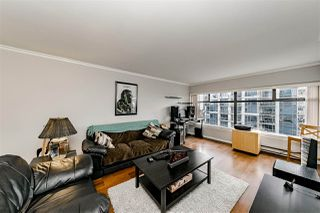 Photo 1: 1104 615 BELMONT STREET in : Uptown NW Condo for sale : MLS®# R2416165