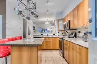 """Photo 2: 17 2000 PANORAMA Drive in Port Moody: Heritage Woods PM Townhouse for sale in """"Mountains Edge"""" : MLS®# R2477413"""