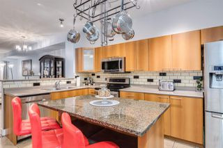 """Photo 4: 17 2000 PANORAMA Drive in Port Moody: Heritage Woods PM Townhouse for sale in """"Mountains Edge"""" : MLS®# R2477413"""