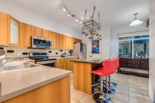 """Photo 10: 17 2000 PANORAMA Drive in Port Moody: Heritage Woods PM Townhouse for sale in """"Mountains Edge"""" : MLS®# R2477413"""