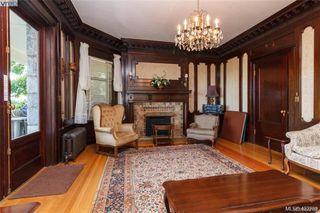 Photo 35: 203 2920 Cook St in Victoria: Vi Mayfair Condo Apartment for sale : MLS®# 842108