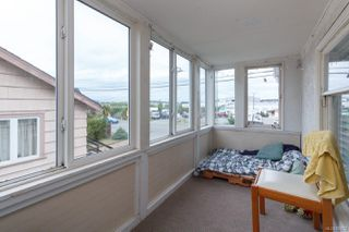 Photo 33: 547 E Burnside Rd in : Vi Burnside Triplex for sale (Victoria)  : MLS®# 854620