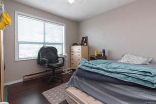 Photo 32: 547 E Burnside Rd in : Vi Burnside Triplex for sale (Victoria)  : MLS®# 854620