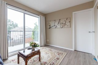 Photo 17: 547 E Burnside Rd in : Vi Burnside Triplex for sale (Victoria)  : MLS®# 854620
